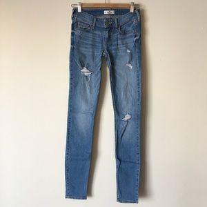 Hollister Distressed Skinny Jeans 0L